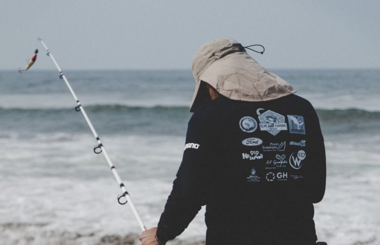 Surf Fishing Lures: The Best Saltwater Lures for Surf
