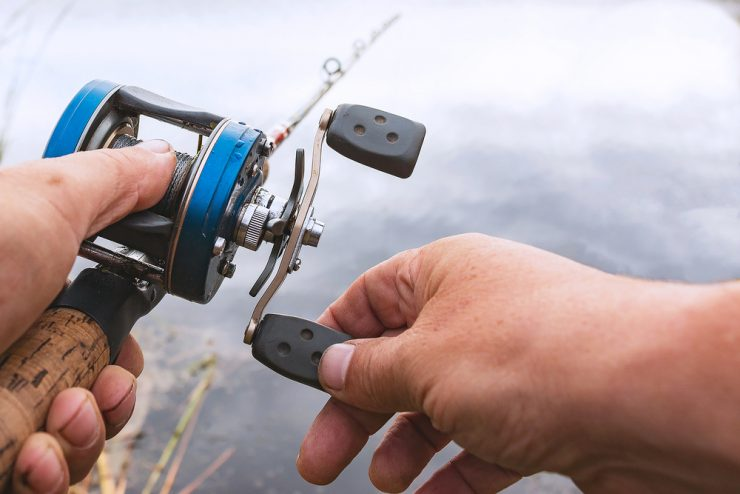 how to use baitcaster reel