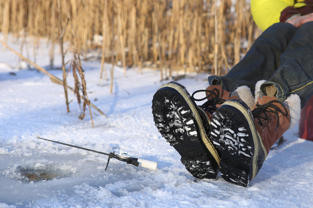 Best Ice Fishing Boots for Winter Fishing in 2021