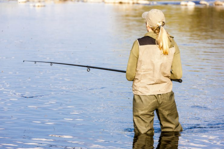 Best Fishing Days 2020.Best Fishing Waders For Women In 2019 Fishmasters Com