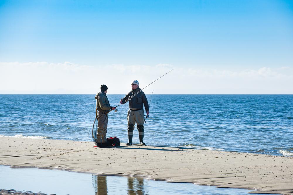 surf fishermen fall fishing