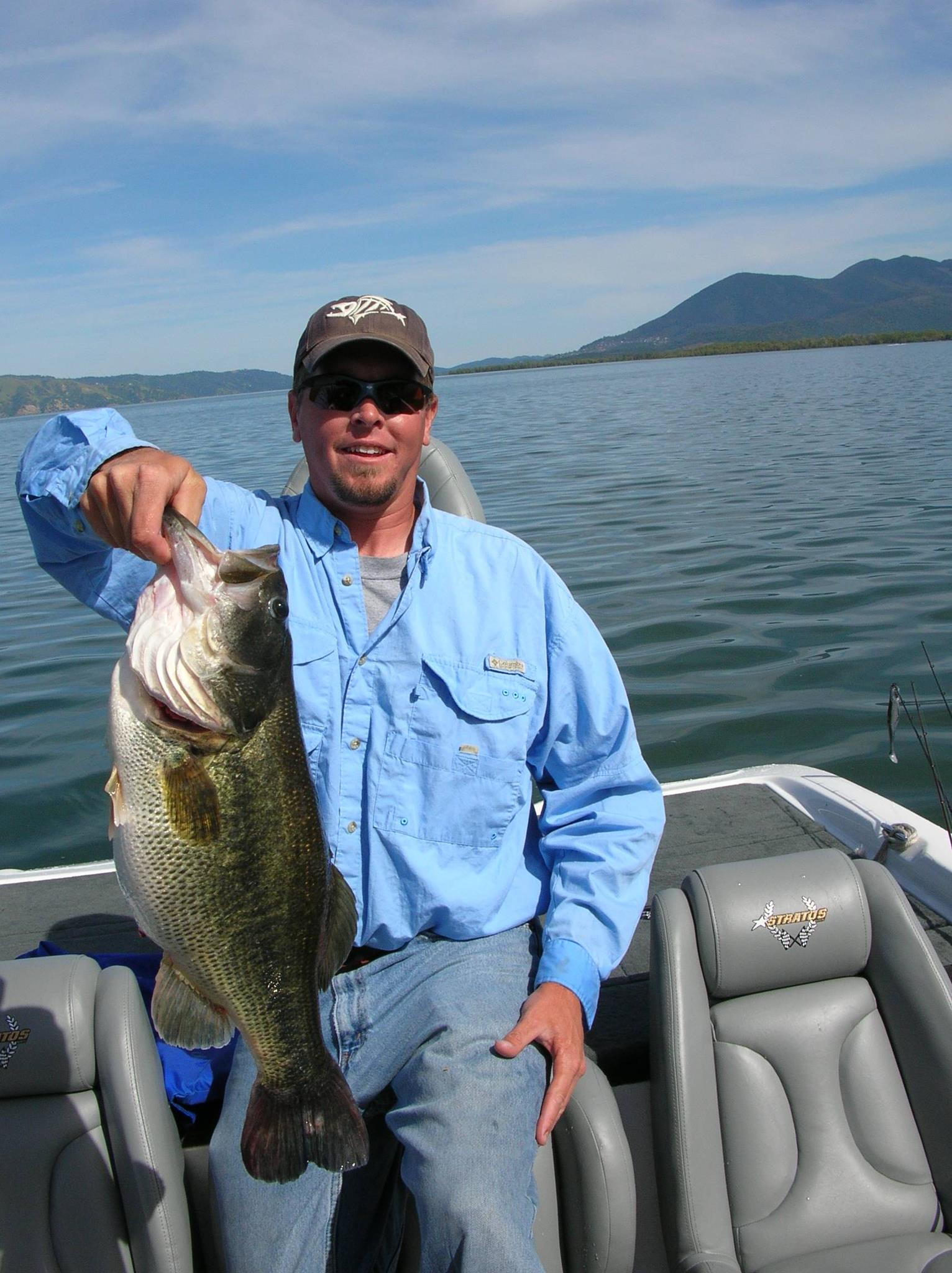 whoop bass guide service